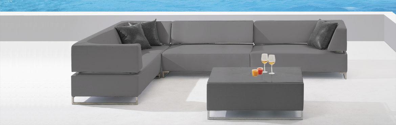 openingsbeeld-Banderas-Bay-lange-tafel-grijs-1170x370